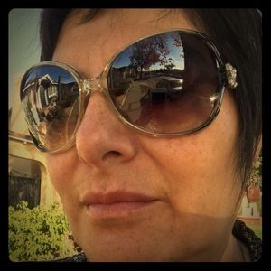 Meet your Posher, Silvia